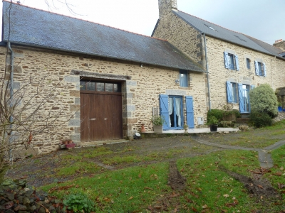 Views on the Mont Saint Michel area country property, house and cottage outbuildings, an acre of grounds!
