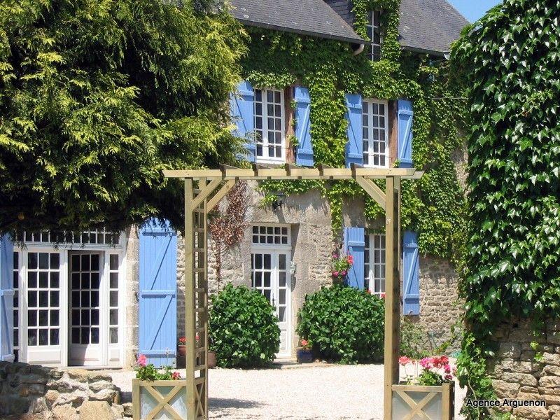 15 min Dinan: belle maison familiale 6 chambres dans village