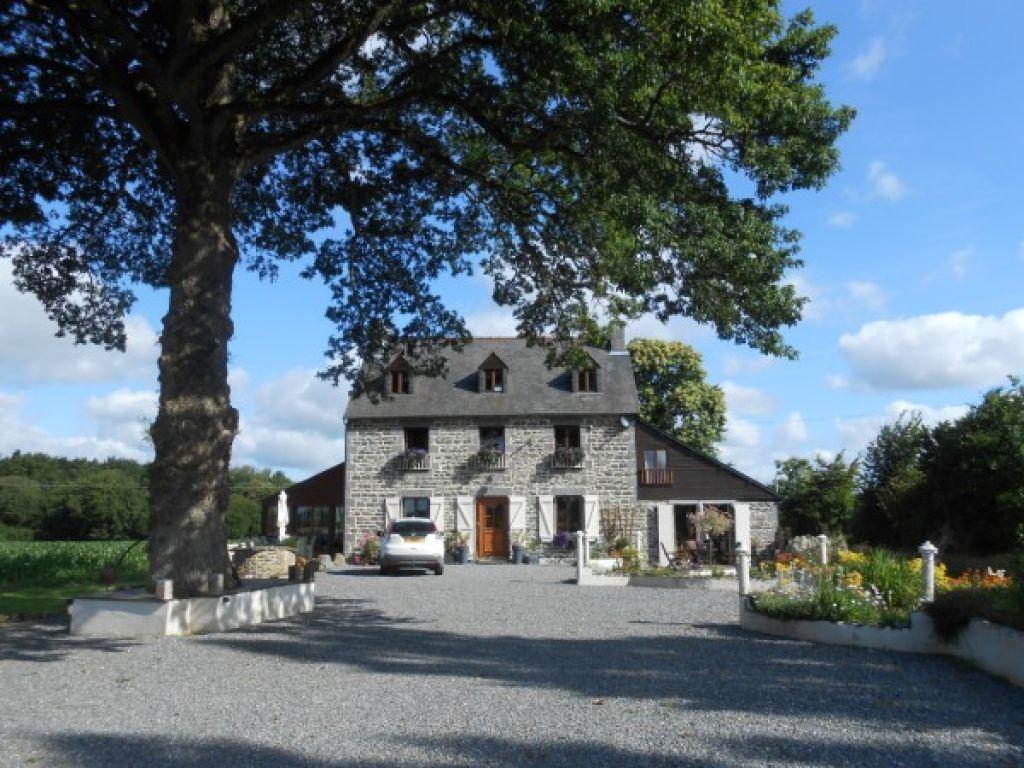 Achat vente maison merillac maison a vendre merillac for Belle maison de campagne