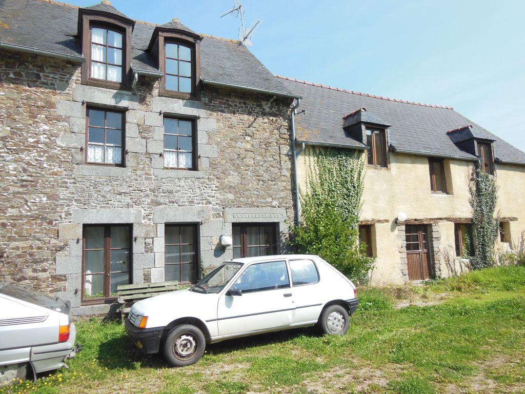 Axe St Malo Rennes: Superbe propriété de caractère avec 3 habitations, sur 2.5ha de terrain
