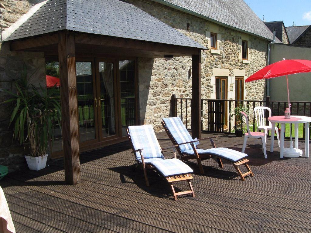 20mn St Malo: superbe propriété avec longère de 4ch, et dépendances sur près d'un hectare de terrain