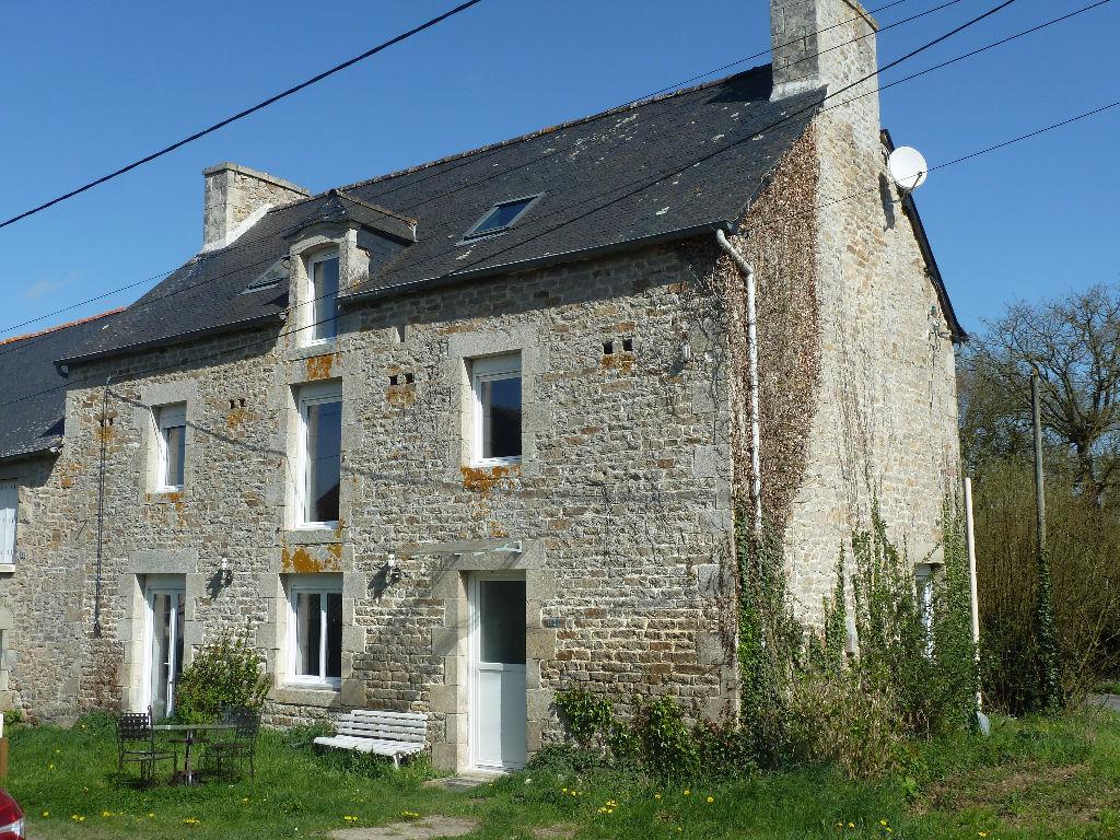 15 mns Dinan, Maison 4 chambres en pierre, jardin