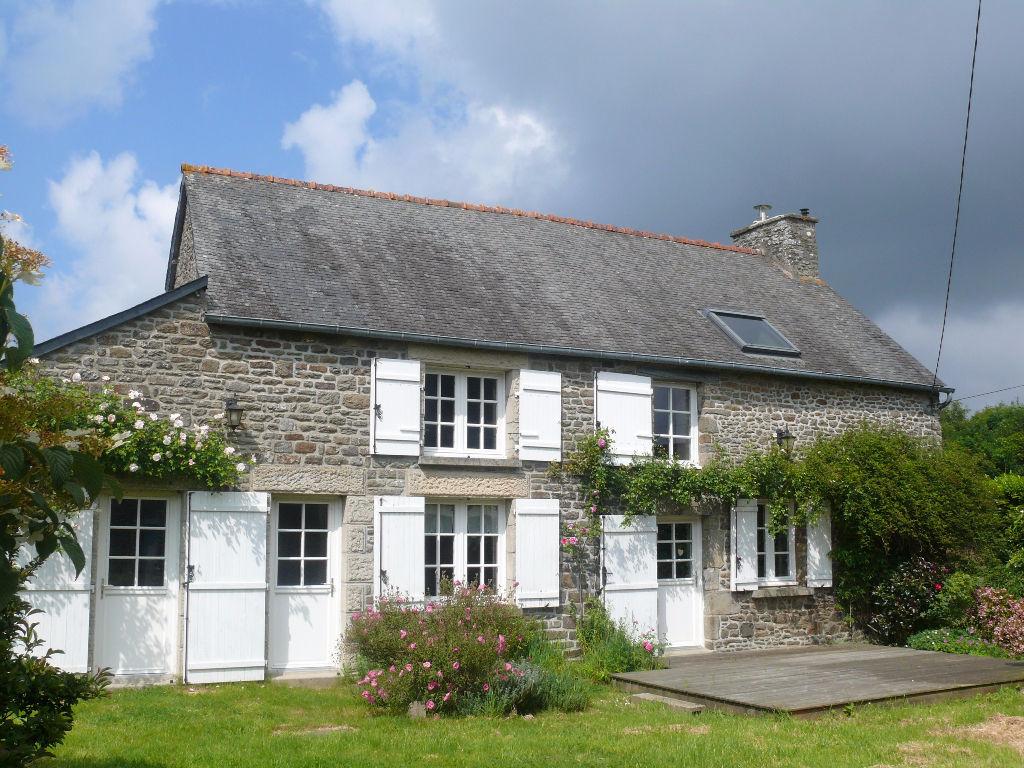 Proche Dinan - Axe StMalo/Rennes: jolie maison indépendante
