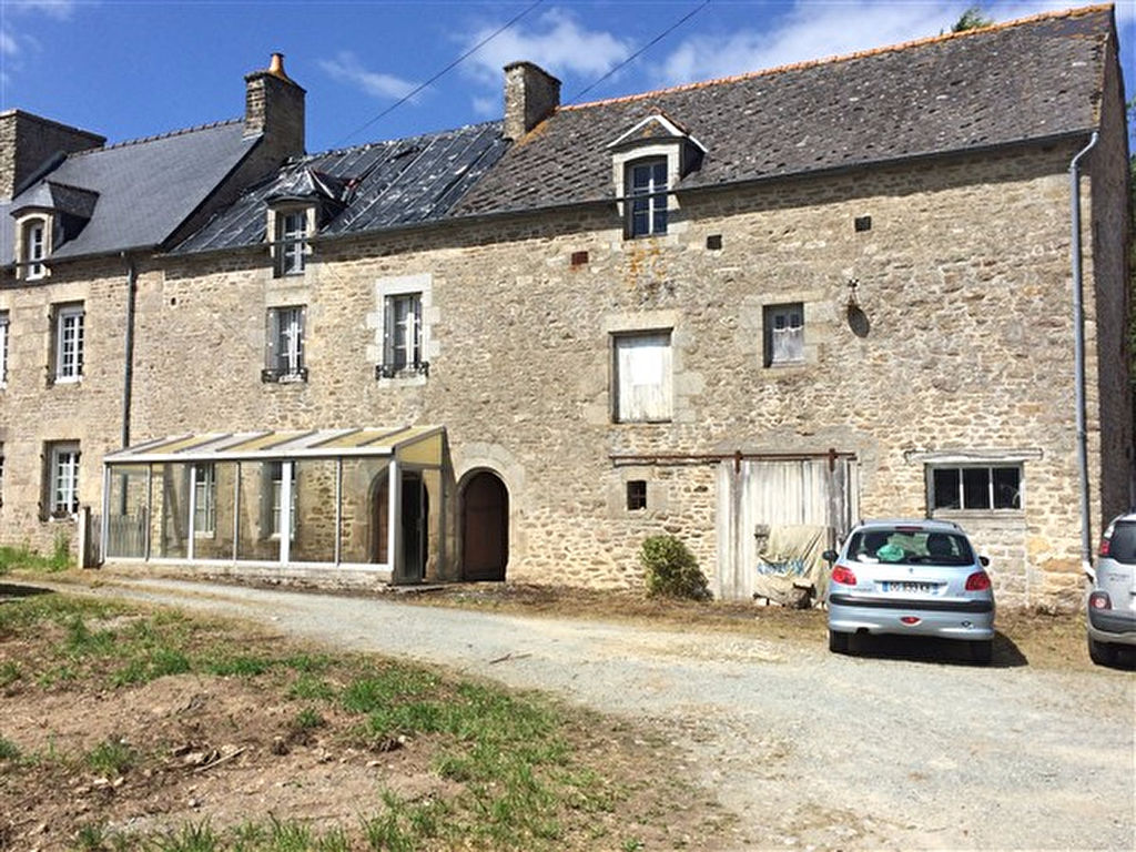 UNDER OFFER    Super renovation project close to Dinan