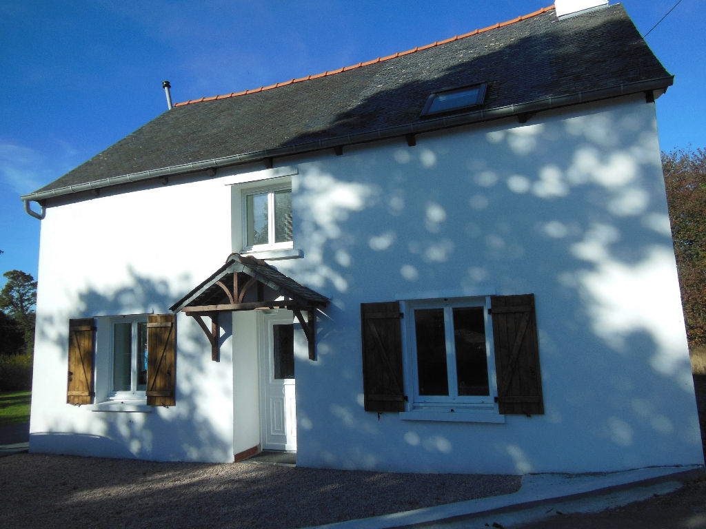 Like moving into a new house - 3 bed cottage close to village with amenities