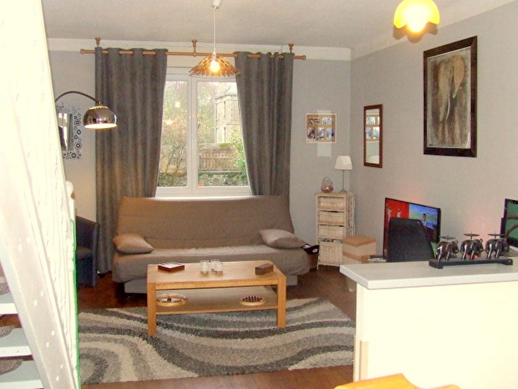 Dinan centre - Proximité immédiate centres ville et centres commerciaux: maison 4 chambres + studio