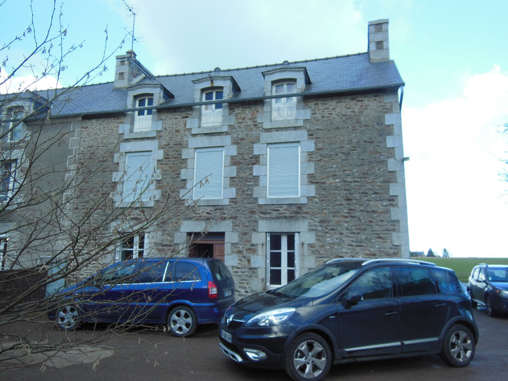 Between Dinan and the Coast - 3 bed stone house to renovate