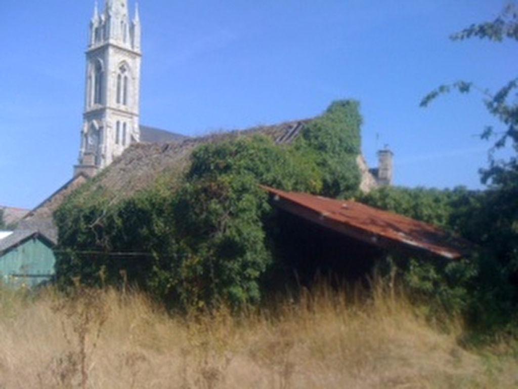 Maison de bourg avec jardin à rénover!