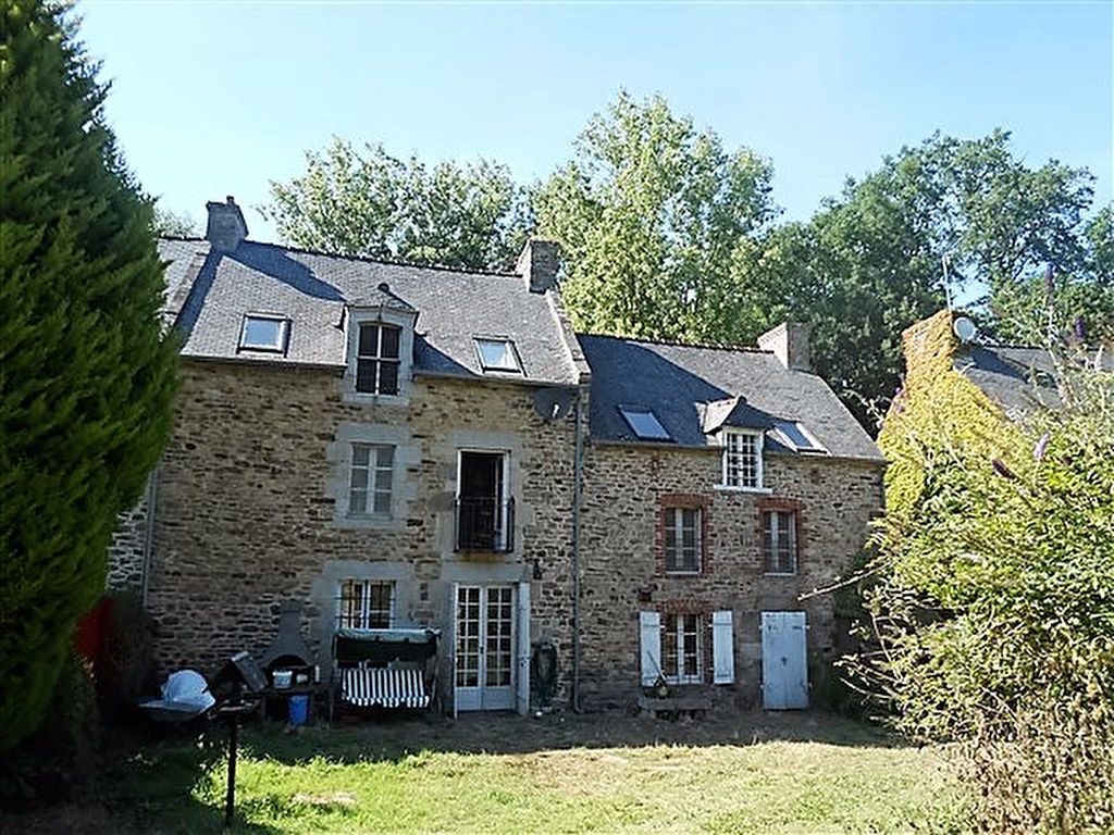 Maison Plouer Sur Rance with gîte