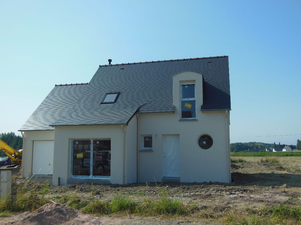 Close to Dinan - NEW BUILD 4 bedroom house in village location