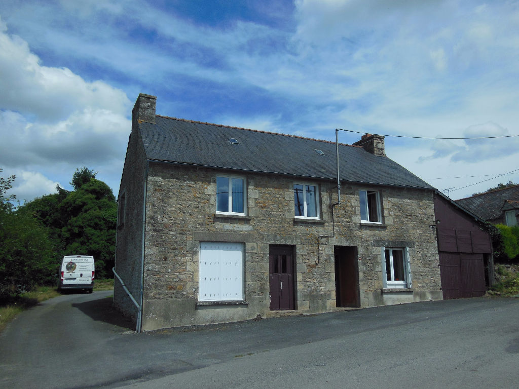 CLOSE TO COLLINEE - 4 bed stone cottage with development potential.