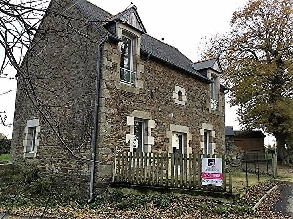 Maison en pierres Plenee Jugon - accès N12 facile