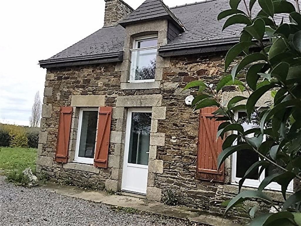 sous offre -Maison en pierres Plenée jugon, 100 m2 jardin, garage, accès rapide N12