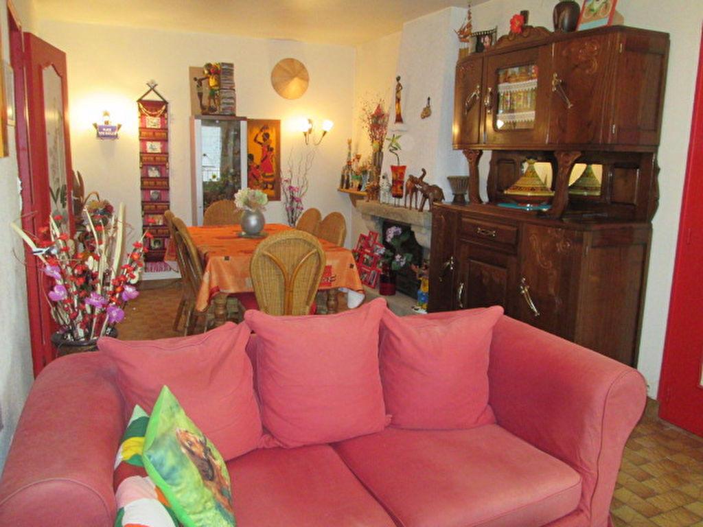 Appartement Jugon Les Lacs  4 pièce(s) 118 m2