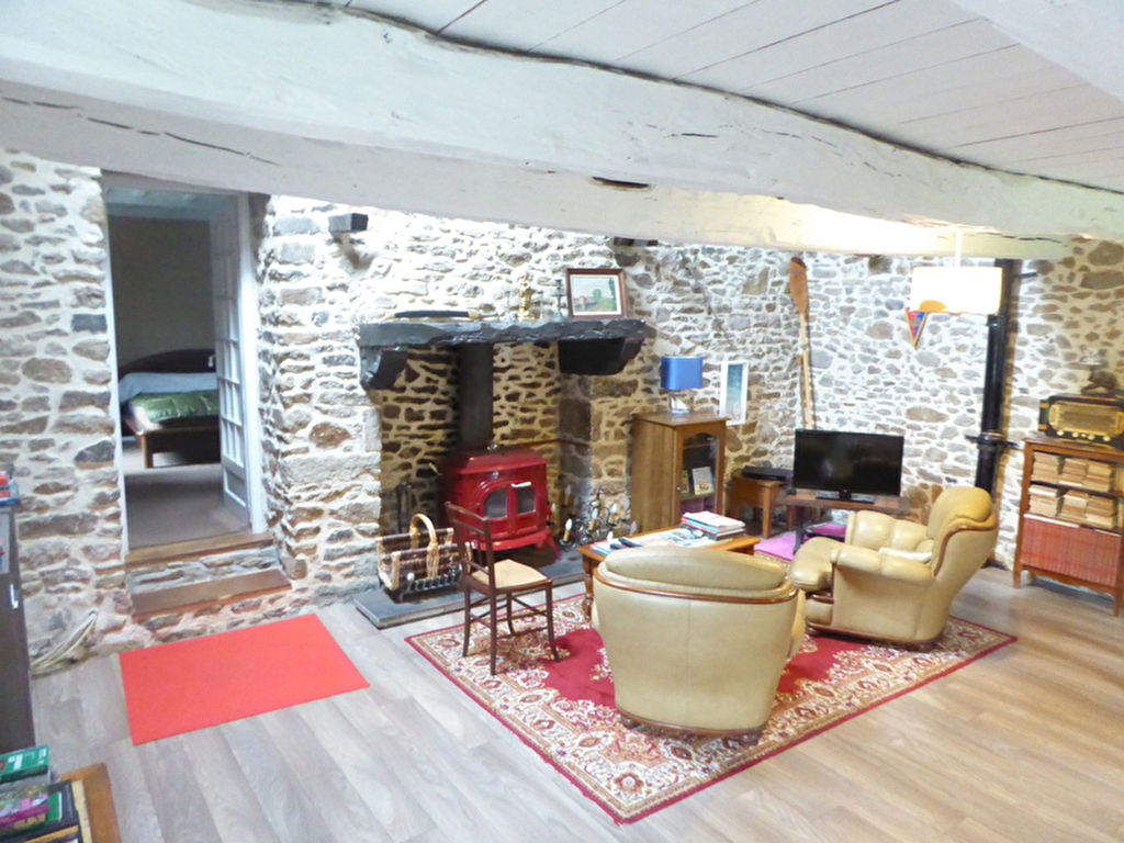 Close to Dinan, Estuary & forest, lovely charming cottage!