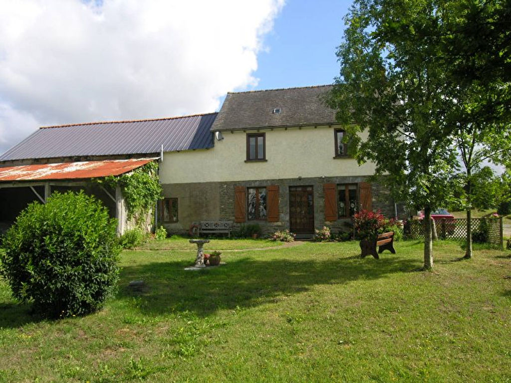 Ereac: Charming Farmhouse, 3 Bedrooms, barn, South facing garden.