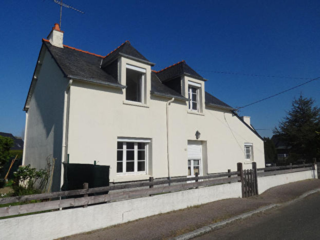 Detached house close to the beaches in Frehel !