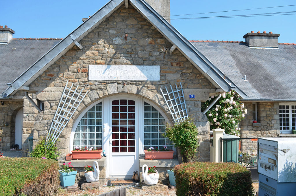 EXCLU : PLELAN LE PETIT - 2 BEDROOM MAISONNETTE 10 MNS FROM DINAN