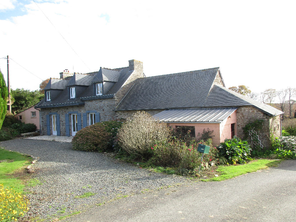 Stone longère with outbuildings - country views