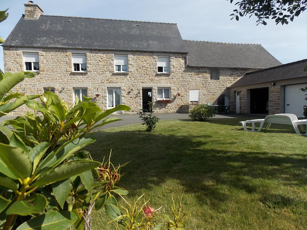 Maison indépendante, 4 chambres sur 15000 m²