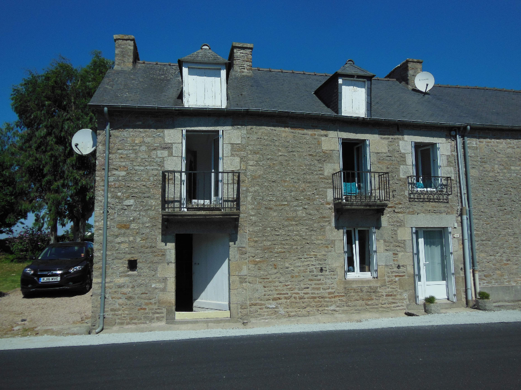 TRELIVAN - Pretty 3 bedroom cottage on the outskirts of DINAN