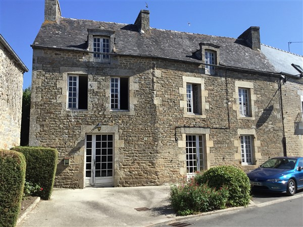 Attractive - Stone village house to renovate