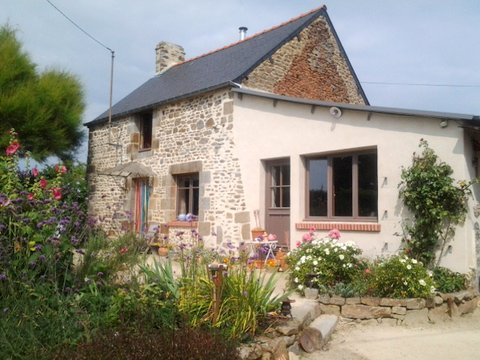 Dol de Bretagne area - Delightful country cottage and artist studio