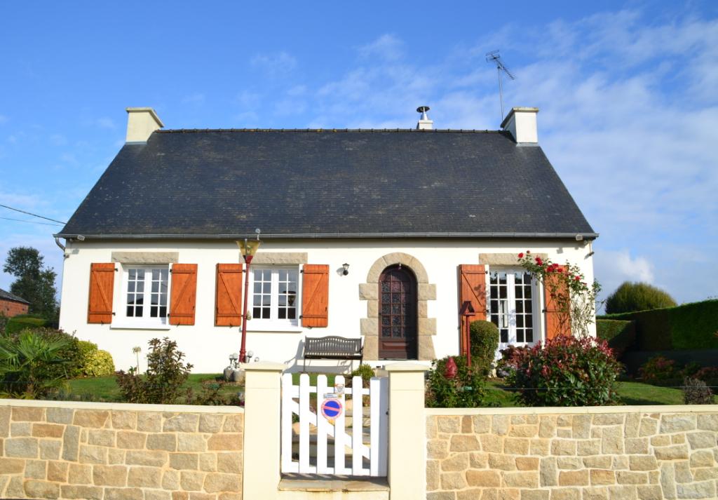 Belle maison au calme, tout proche Lamballe, gare TGV et accès N12