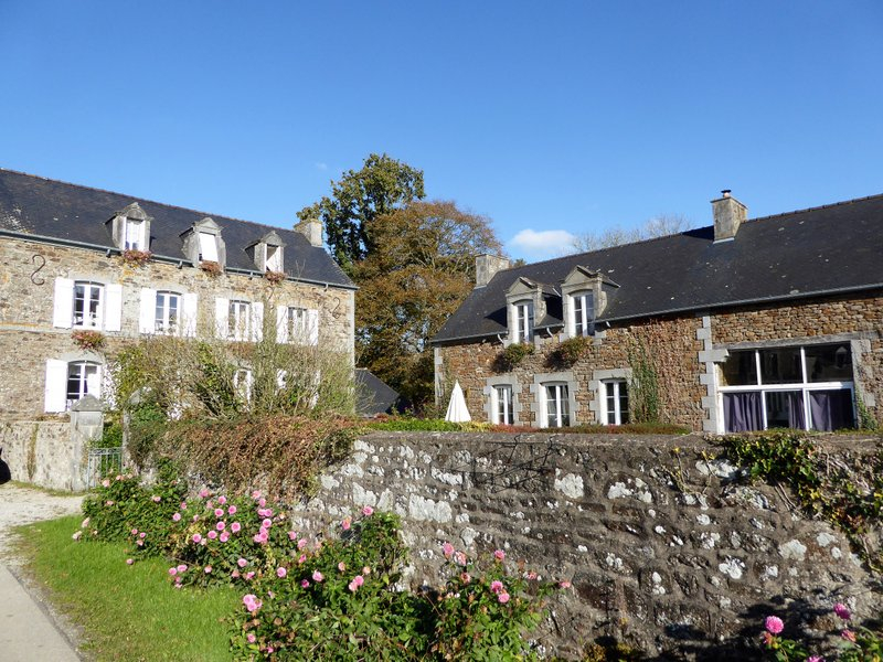 Between Saint Malo and Dinan Elegant mansion and ooutbuildings set up as bed and breakfast and 3 gites in sought after Rance estuary