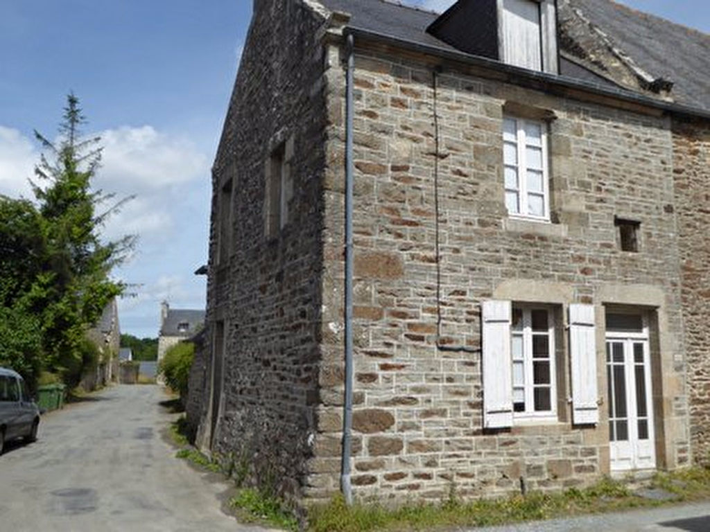 Bords de Rance: 5 min Dinan - Country house to renovate