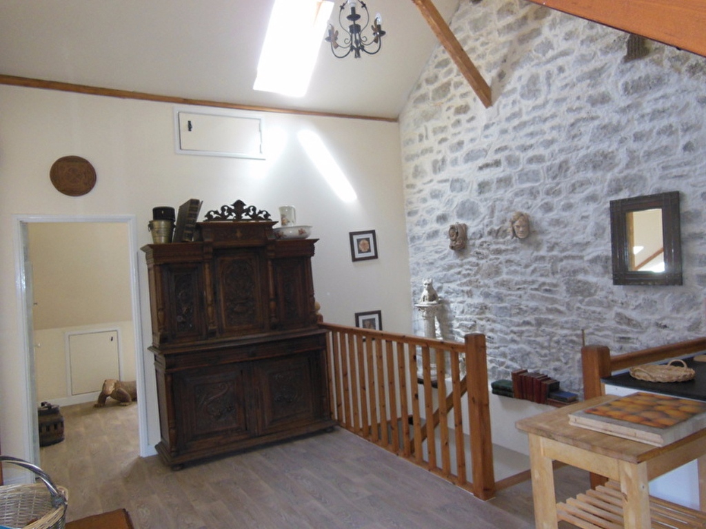 Dinan town center Charming second floor apartment 80m2