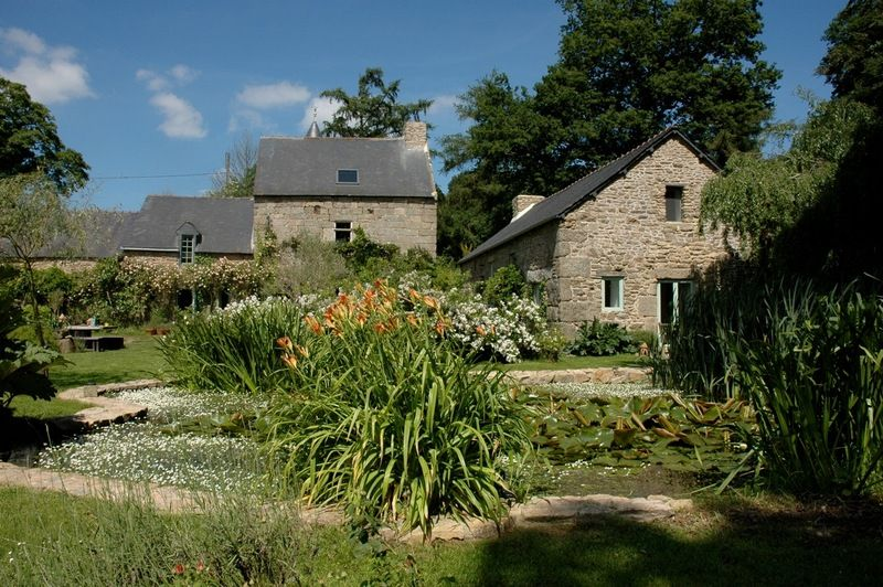 Quintin area, Wonderful Manor house and outbuildings set on enchanting grounds