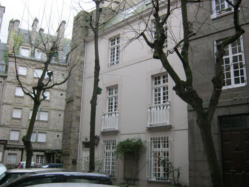 St-Malo Intra-Muros: Elégante maison de ville, 3 chambres