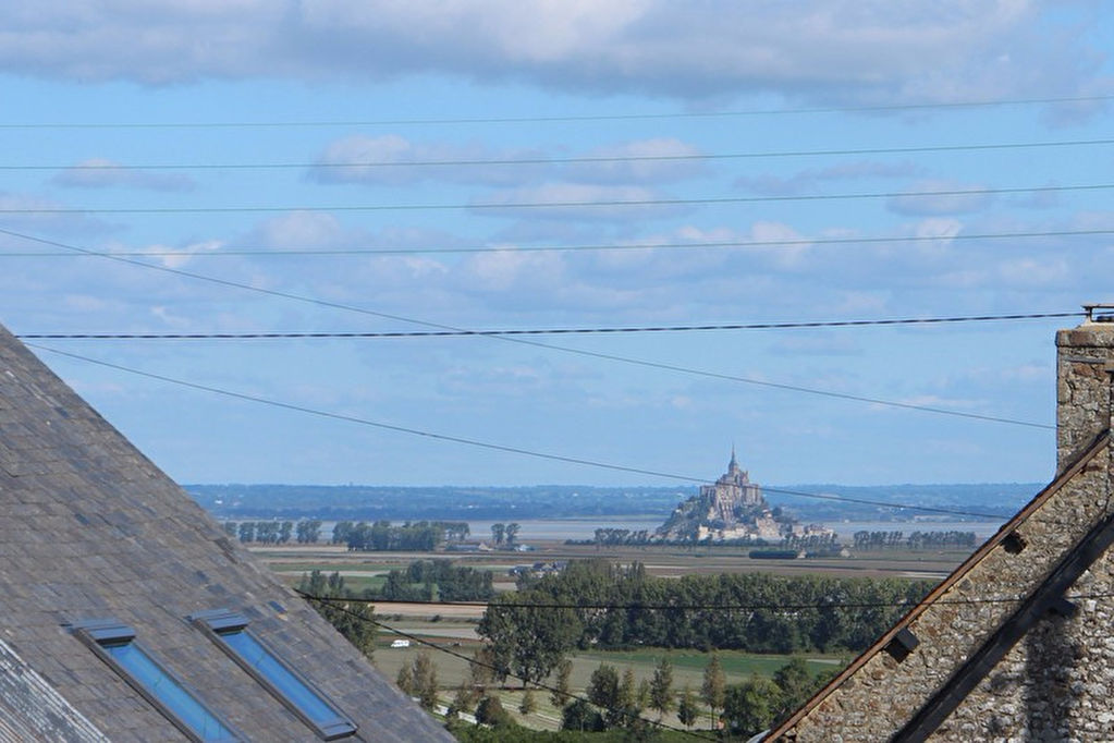 Open views of Mont St Michel: cottage with outbuildings for gite business